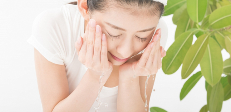 日焼け後の正しいアフターケア~紫外線ダメージから肌を守るには?