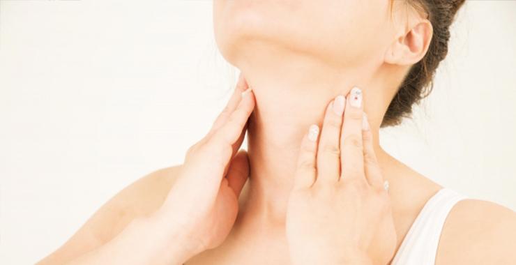 頬のたるみを改善するエクササイズ